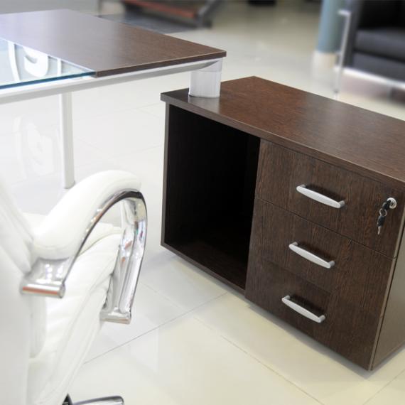Archivos activos muebles de oficina escritorio equinox basic for Muebles echeverria