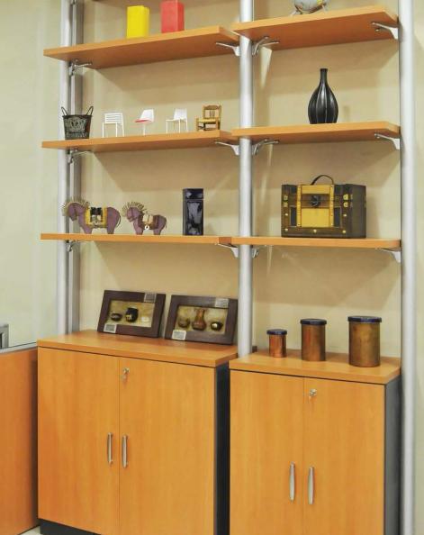 Biblioteca Flow Shelf